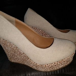 Shoes - NEUTRAL LACE OVERLAY PLATFORM WEDGE - SIZE 8.5